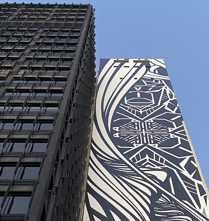 GROUND UP, De grootste mural van Europa komt op de IT Tower in Brussel