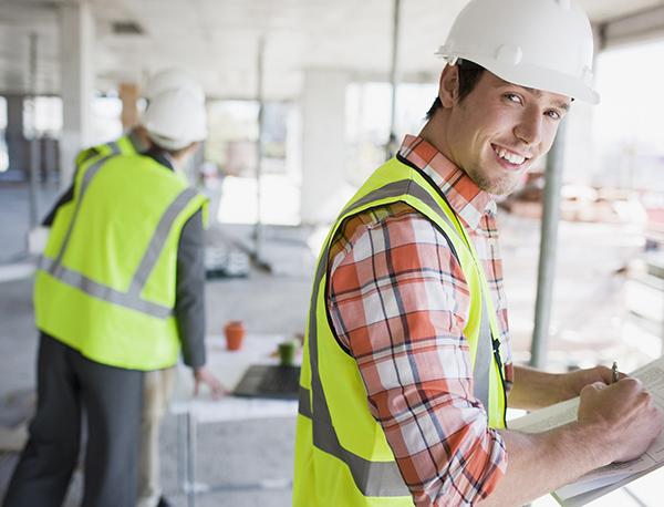 JUNIOR & SENIOR PROJECTMANAGERS DESIGN & BUILD